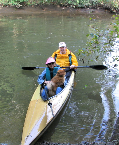 Both humans and canines can enjoy wide-open Mantua Creek.  (Cats might be pushing it.)